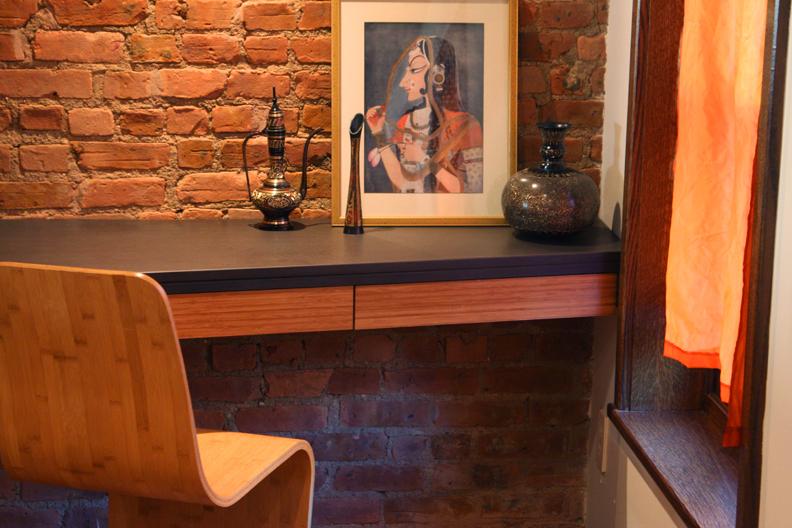 tola_architecture_224W - desk2